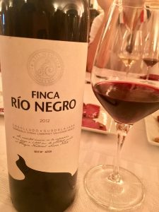 Wine Tour Madrid Tempranillo grapes Finca Rio Negro