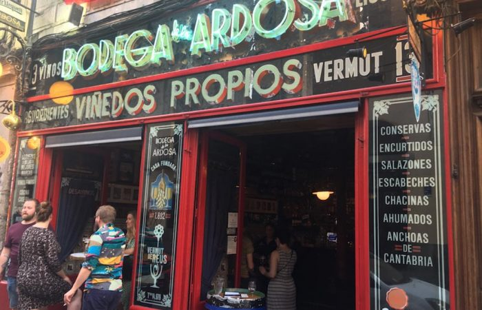 Vermouth and wine tasting tour in Madrid