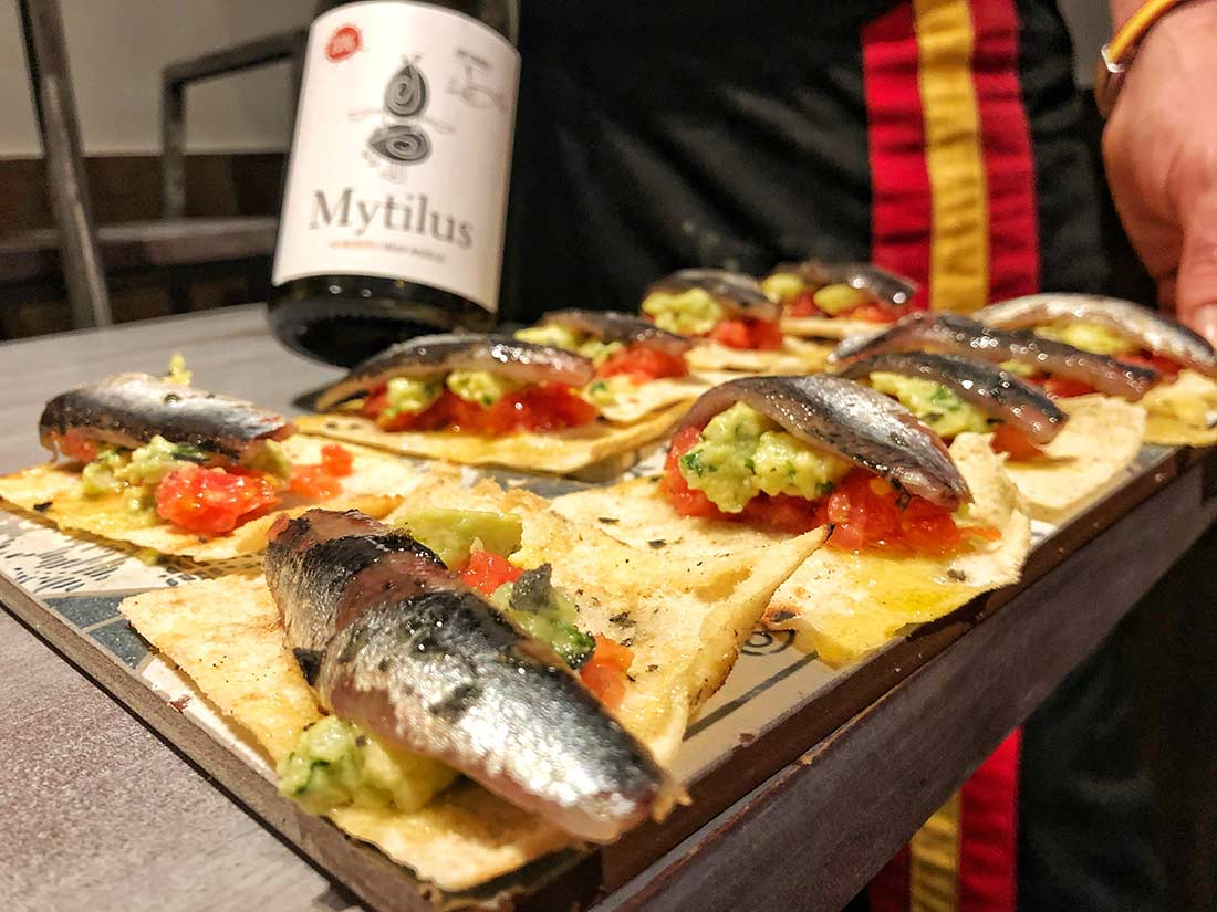 Sardine_and_albariño_wine_pairing_colorful_wines